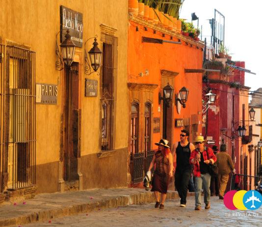 Turistas en San Miguel de Allende, Guanajuato. Foto: Karla Fernández.